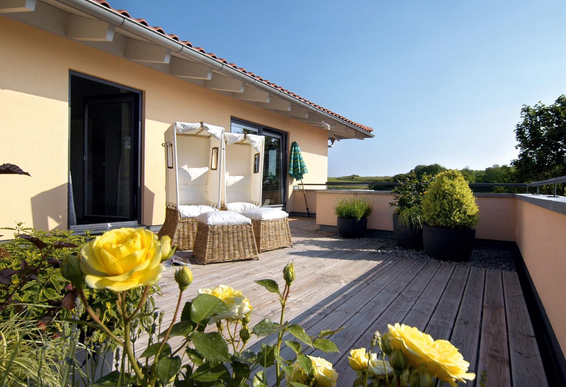 Mediterranean-style house roof terrace