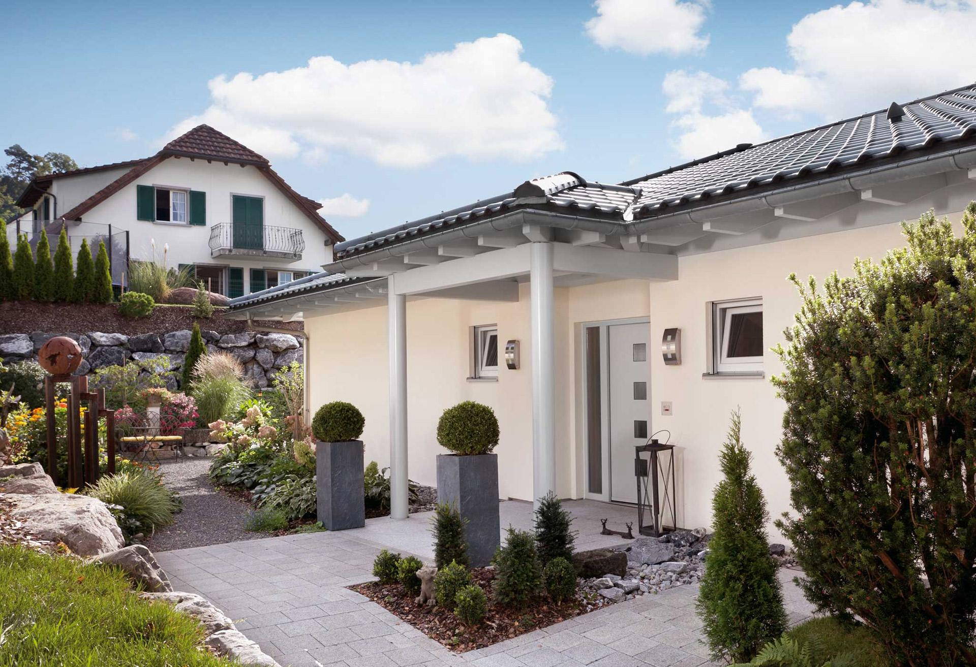 Bungalow With Hipped Roof E 10 173 2 Schworerhaus