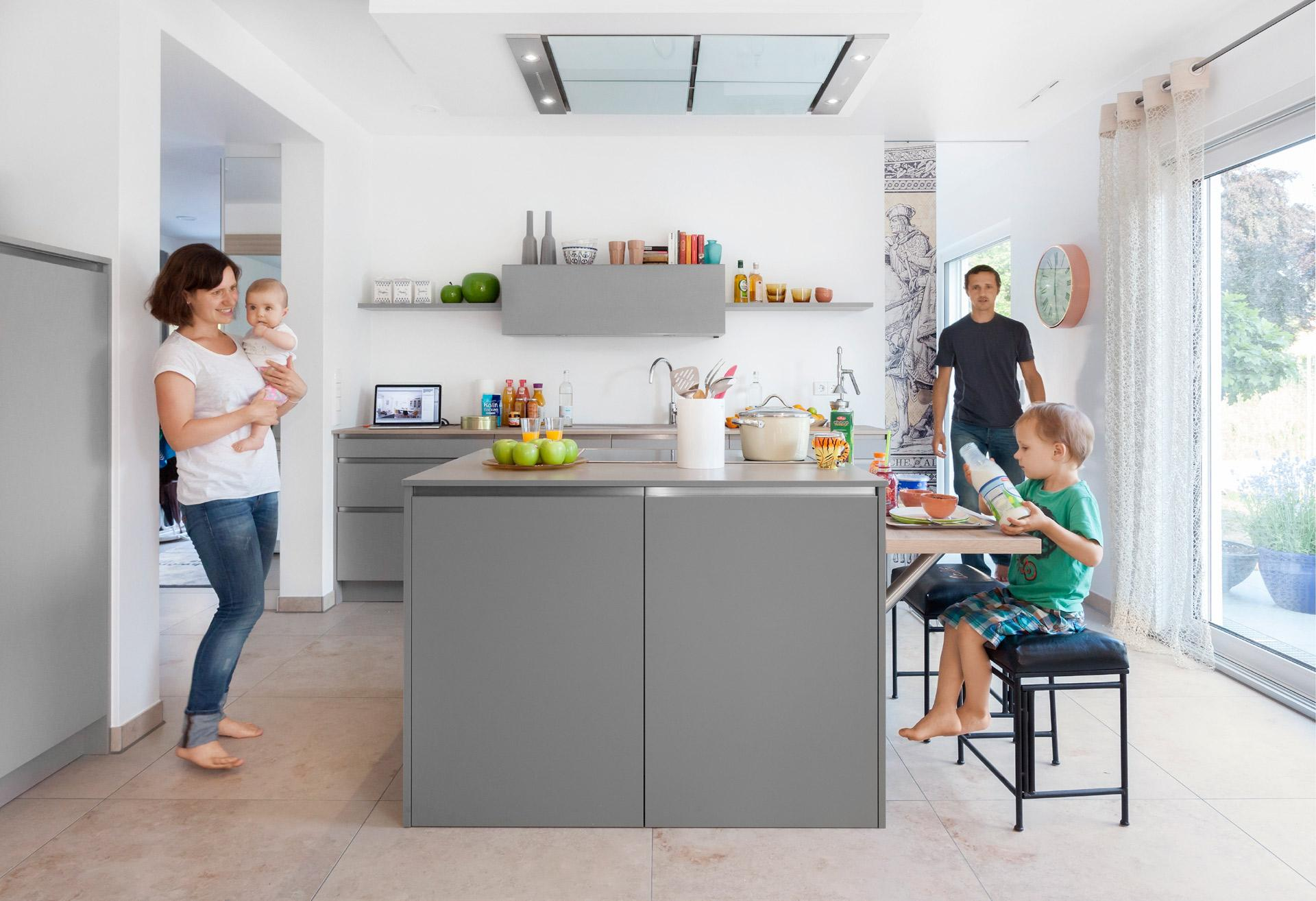 Modern kitchen in gray with large kitchen island