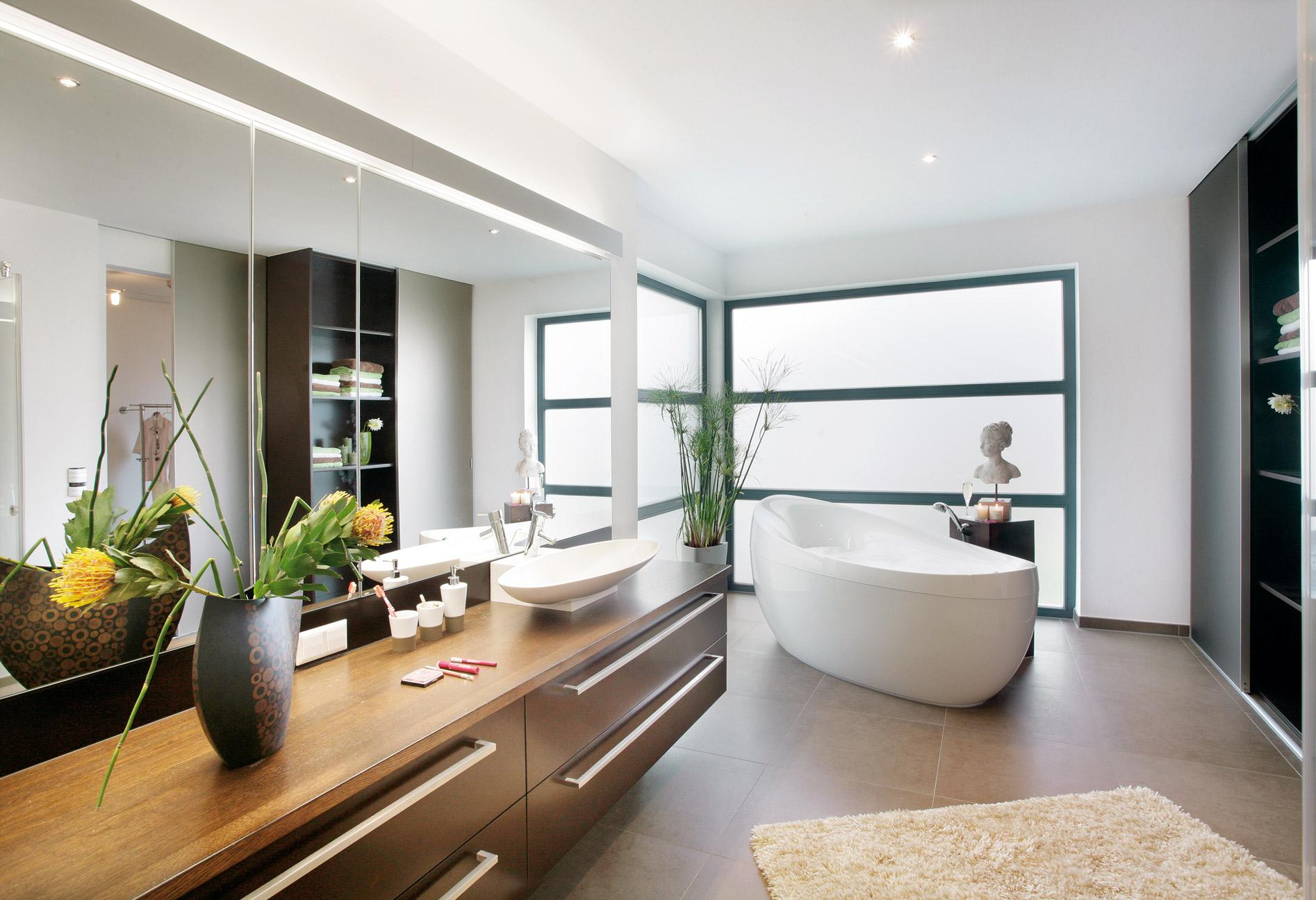 High quality bathroom with freestanding bath